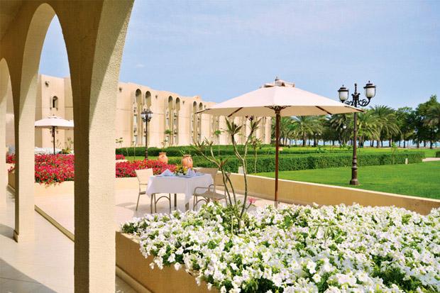 /DataFolder/Images/Where_to_stay/Al-Dhafra-Beach-Hotel/01-Dhafra-Beach-Hotel-Exterior.jpg