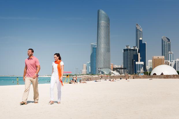 /DataFolder/Images/What_to_do/Explore_our_waters/Beaches/Corniche_Beach/02-Corniche-Beach.jpg