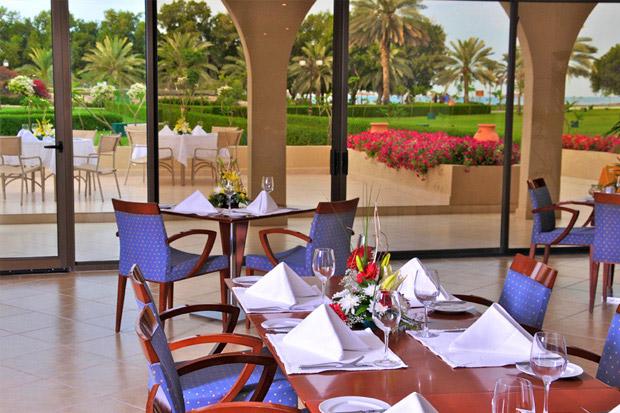 /DataFolder/Images/Where_to_stay/Al-Dhafra-Beach-Hotel/04-Dhafra-Beach-Hotel-Restaurant.jpg