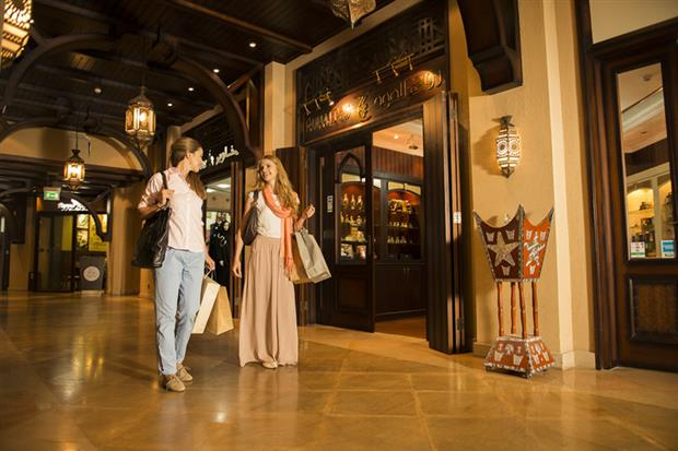 /DataFolder/Images/What_to_do/Shopping/Lifestyle_and_community/Souk-Qaryat-Al-Beri/04-Souk-Qaryat-Al-Beri.jpg
