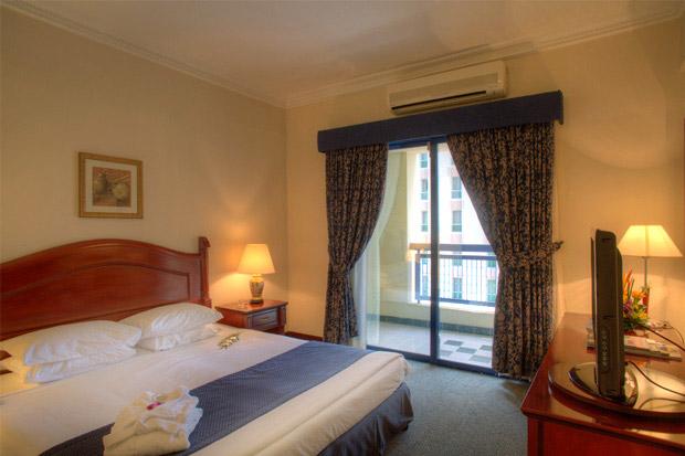 /DataFolder/Images/Where_to_stay/Al-Diar-Mina-Hotel/05-Al-Diar-Mina-Hotel-Bed-Room.jpg