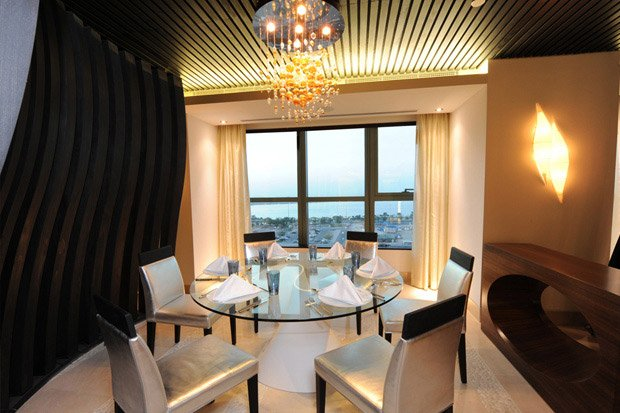 /DataFolder/Images/Where_to_stay/Sofitel-Abu-Dhabi-Corniche/05-Sofitel-Abu-Dhabi-Corniche-Restaurant.jpg