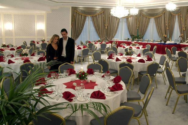 /DataFolder/Images/Where_to_stay/Mirfa-Hotel/06-Mirfa-Hotel-Ballroom.jpg