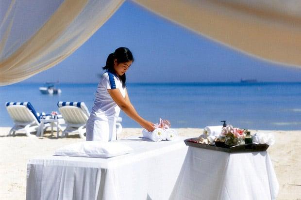 /DataFolder/Images/Where_to_stay/Al-Dhafra-Beach-Hotel/07-Al-Dhafra-Beach-Hotel-Outdoor-Spa.jpg