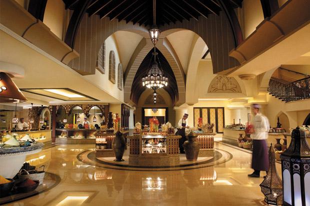 /DataFolder/Images/Where_to_stay/Shangri-La-Hotel-Qaryat-Al-Beri/07-Shangri-La-Hotel-Qaryat-Al-Beri-Sofra-Buffet.jpg