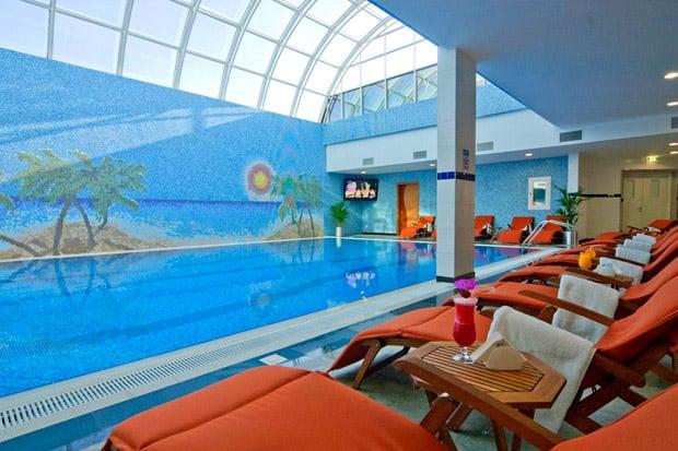 /DataFolder/Images/Where_to_stay/Ayla-Hotel/08-Ayla-Hotel-Pool.jpg