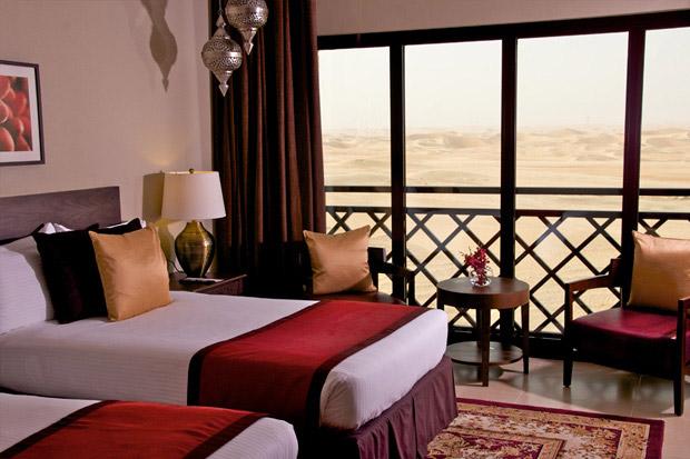 /DataFolder/Images/Where_to_stay/Tilal-Liwa-Hotel/08-Tilal-Liwa-Hotel-Desert-View-Room.jpg