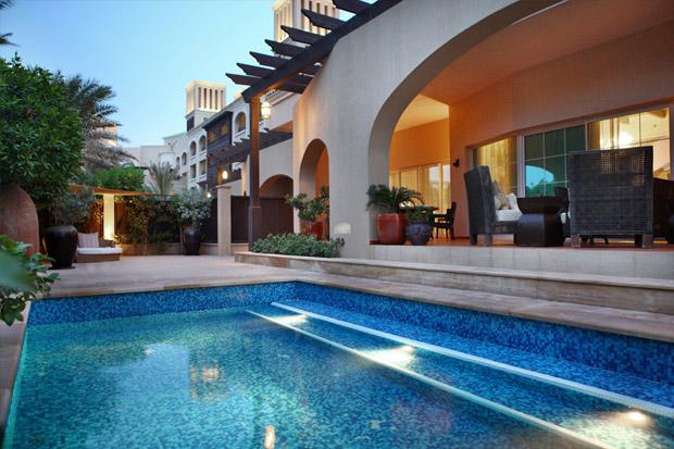 /DataFolder/Images/Where_to_stay/Desert-Island-Resort-Hotel/09-Desert-Island-Resort-Hotel-Royal-Villa-pool-area.jpg