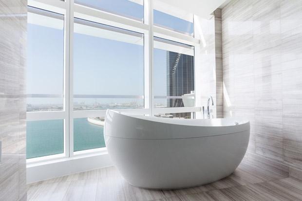 /DataFolder/Images/Where_to_stay/Rosewood-Abu-Dhabi/11-Rosewood-Abu-Dhabi-Executive-Bathroom.jpg