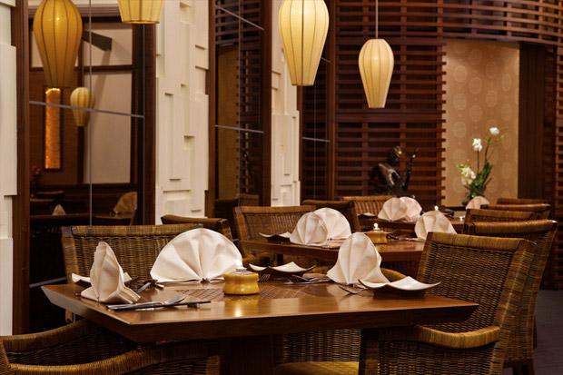 /DataFolder/Images/Where_to_stay/Hilton-Abu-Dhabi-Hotel/12-Hilton-Abu-Dhabi-Hotel-Royal-Orchid-Restaurant.jpg