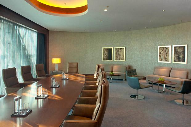 /DataFolder/Images/Where_to_stay/Hyatt-Capital-Gate-Abu-Dhabi/15-Hyatt-Capital-Gate-Abu-Dhabi-Salon.jpg