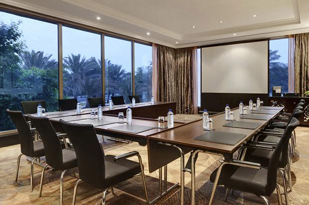 /DataFolder/Images/Where_to_stay/Hilton-Abu-Dhabi-Hotel/20-Hilton-Abu-Dhabi-Hotel-Meeting-Room-Khalidiya.jpg