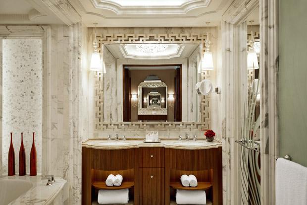 /DataFolder/Images/Where_to_stay/St-Regis-Abu-Dhabi/26-St-Regis-Abu-Dhabi-Guest-Bathroom.jpg