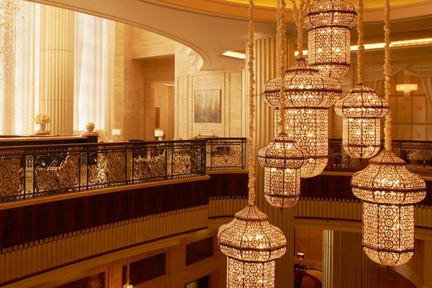 /DataFolder/Images/Where_to_stay/St-Regis-Abu-Dhabi/41-St-Regis-Abu-Dhabi-Crystal-Lounge.jpg
