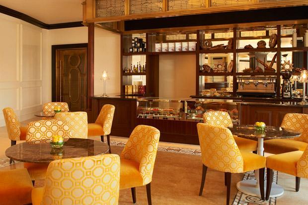 /DataFolder/Images/Where_to_stay/St-Regis-Abu-Dhabi/46-St-Regis-Abu-Dhabi-Cafe-44.jpg