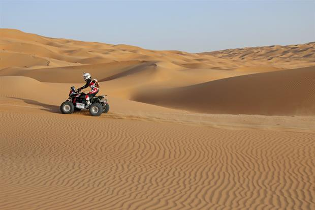 /DataFolder/Images/Events/2014-abudhabi-desert-challenge/Abu-Dhabi-Desert-Challenge-2013-83.jpg