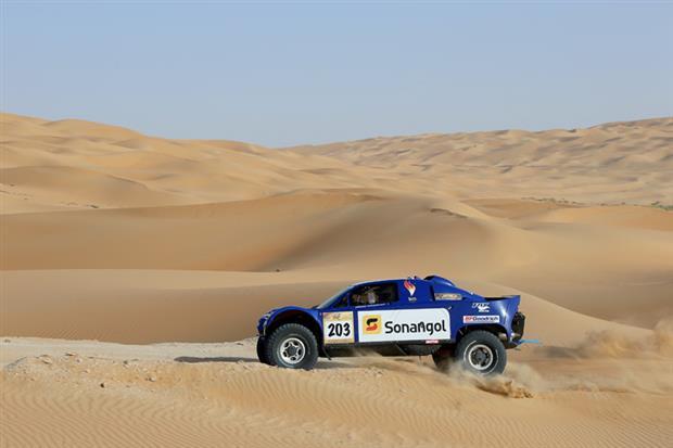 /DataFolder/Images/Events/2014-abudhabi-desert-challenge/Abu-Dhabi-Desert-Challenge-2013-84.jpg