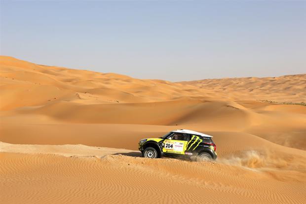 /DataFolder/Images/Events/2014-abudhabi-desert-challenge/Abu-Dhabi-Desert-Challenge-2013-85.jpg