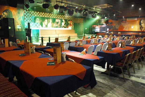 Pakeeza, Marina Club