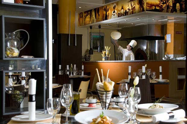 Danat Al Ain Resort Luce Restaurant