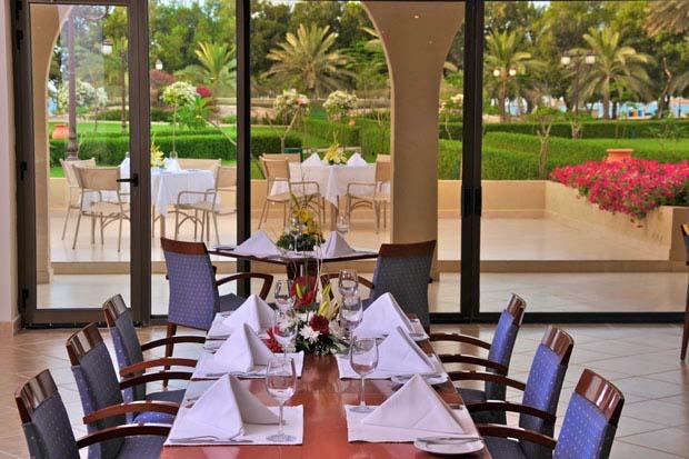 Dhafra Beach Hotel Mayadeen Al Dhafra Restaurant