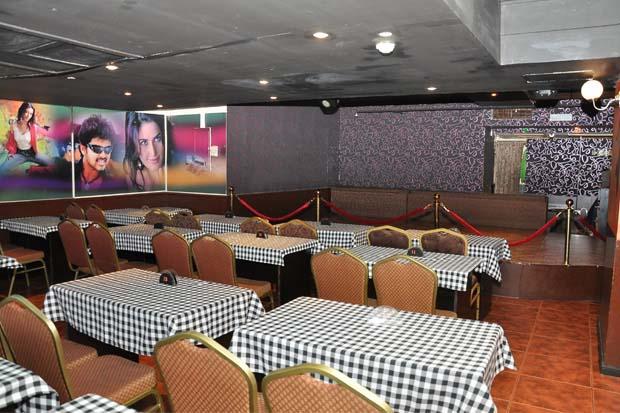 Aashiyana (South Indian Bar), Emirates plaza hotel