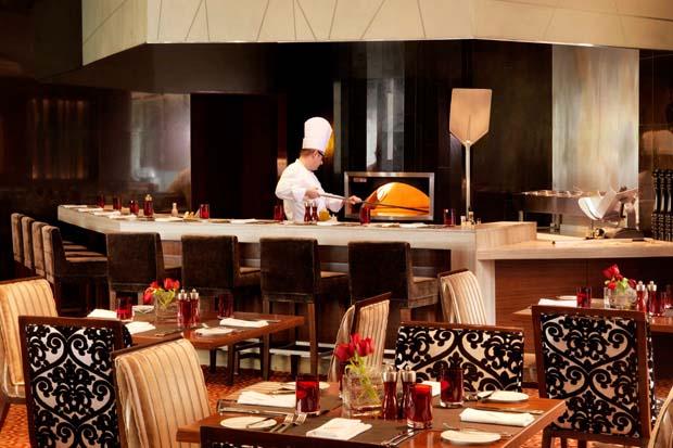 Frankie's Italian Restaurant & Bar, Fairmont Bab Al Bahr