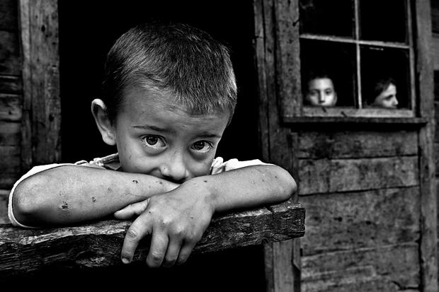 EPC 2011 Grand Prize: 'Sick children' by Tahir Ozgur, Turkey