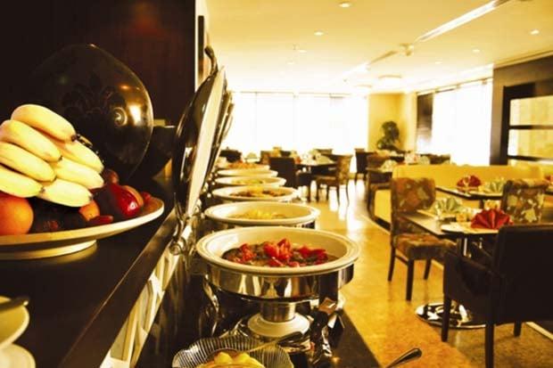 Memories restaurant, Kingsgate Hotel Abu Dhabi