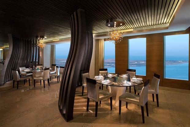 La Mer restaurant, Sofitel Abu Dhabi Corniche