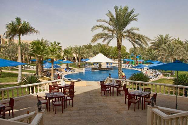 Oasis Courtyard, Mafraq Hotel