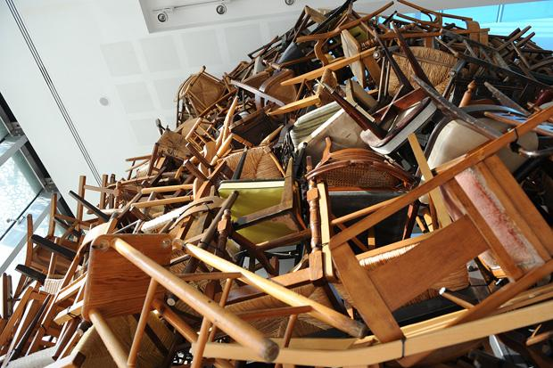 /DataFolder/Images/News/chairs/chairs_for_abu_dhabi_abu_dhabi_art_manarat_al_saadiyat_01.jpg