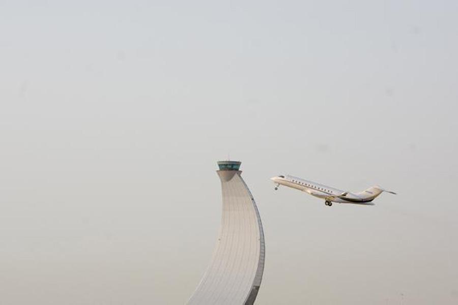 アブダビ国際空港 - VisitAbuDhabi.ae