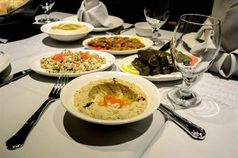 /DataFolder/Images/Where_to_eat/Wahab/05-Abd-El-Wahab-Lebanese-Restaurant-The-Collection.jpg