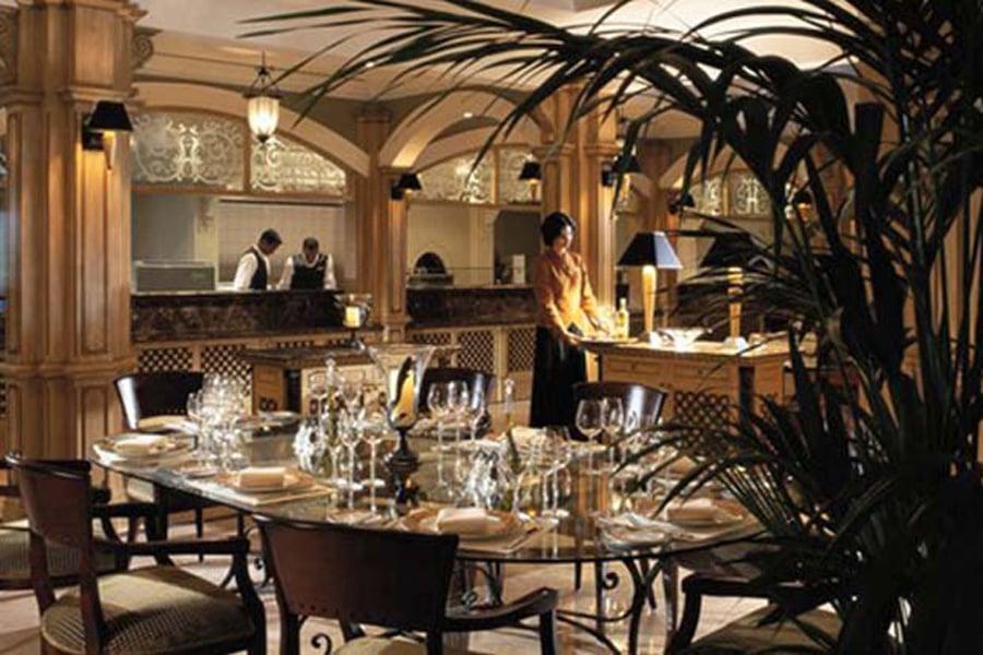 Millennium Hotel Abu Dhabi Restaurants
