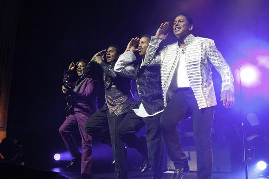 The Jacksons LIVE in Abu Dhabi